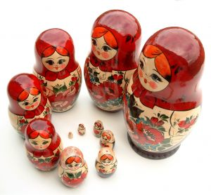 33445_russian_nesting_dolls_1